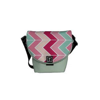 El zigzag tribal del galón raya moda del modelo de bolsa de mensajeria