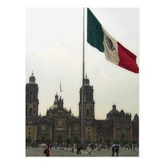EL Zocalo del DF y la Bandera Mexicana del en de C Postales
