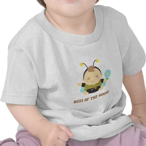 El zumbido de la casa, lindo manosea al bebé de la camisetas