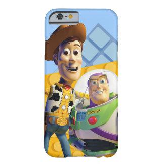 El zumbido y Woody de Toy Story Funda Barely There iPhone 6