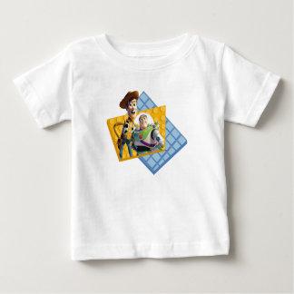 El zumbido y Woody de Toy Story Remeras