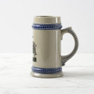 Elaboración de la cerveza en la edad del rotulador jarra de cerveza