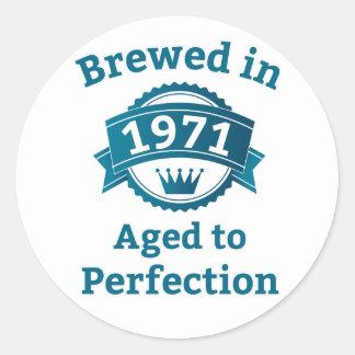 Elaborado cerveza envejecido en 1971 a la