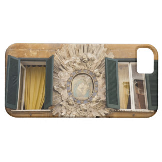 elaborate shrine squeezed between shuttered iPhone SE/5/5s case