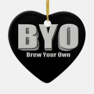 Elabore cerveza su propia cerveza adorno navideño de cerámica en forma de corazón