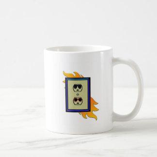electric oulet coffee mug