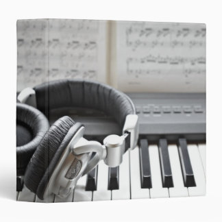 Electric Piano Keyboard 3 Ring Binder