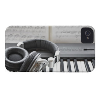 Electric Piano Keyboard iPhone 4 Cover