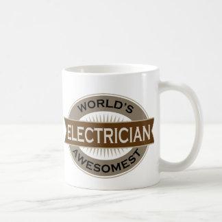 Electricista de Awesomest de los mundos Taza Básica Blanca
