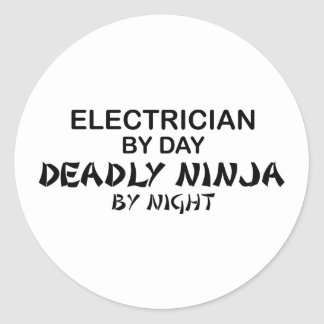Electricista Ninja mortal por noche Etiqueta