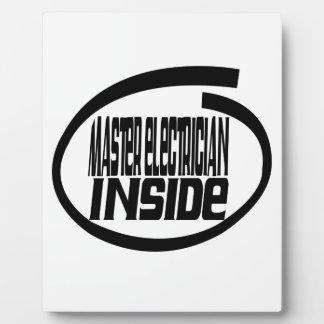 Electricista principal dentro