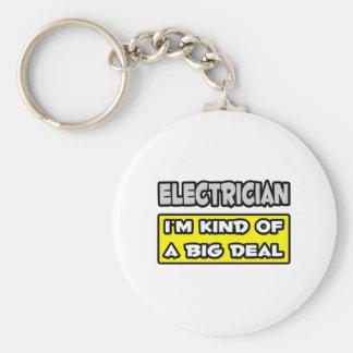 Electricista. Soy un poco una gran cosa Llavero Redondo Tipo Pin