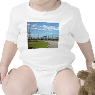 Electricity relay station romper