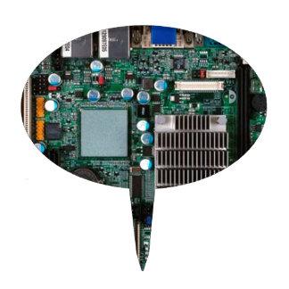 Electrónica de la placa madre expuesta figura de tarta