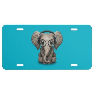 Elefante adaptable DJ del bebé con los auriculares Placa De Matrícula