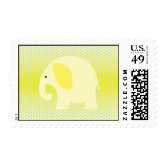 Elefante amarillo del bebé en amarillo envio