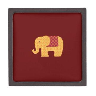 Elefante anaranjado lindo de la flor en rojo caja de recuerdo de calidad