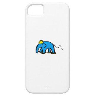 Elefante azul de Rollerblading con el casco iPhone 5 Fundas