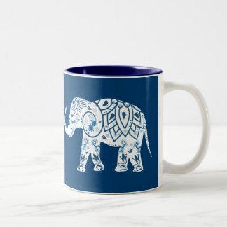 Elefante azul modelado adornado taza de dos tonos