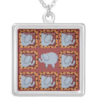 Elefante Colgante Cuadrado
