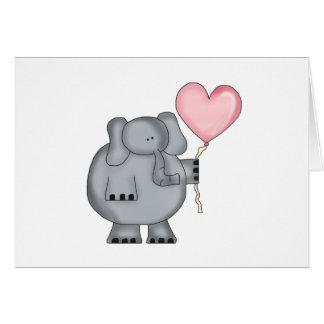 Elefante con el globo del corazón tarjeta de felicitación