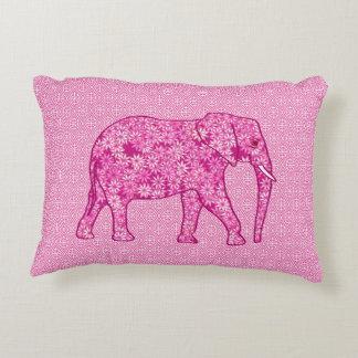Elefante de la flor - rosa del fucsia cojín decorativo