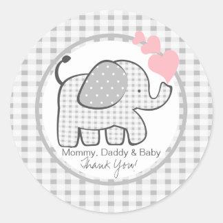 Elefante de la guinga con los corazones pegatina redonda