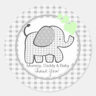 Elefante de la guinga con los corazones verdes etiquetas redondas