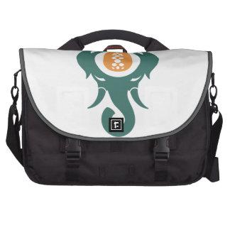 Elefante de la piña bolsas para portatil