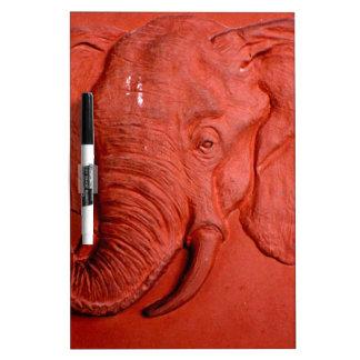 """Elefante de la terracota"" por Carretero L. Pizarras Blancas"