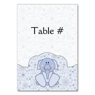 Elefante de los azules cielos de Cutelyn