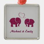 Elefante de moda lindo en el amor personalizado ornamento para reyes magos