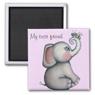 Elefante del bebé con el imán del mejor amigo de l