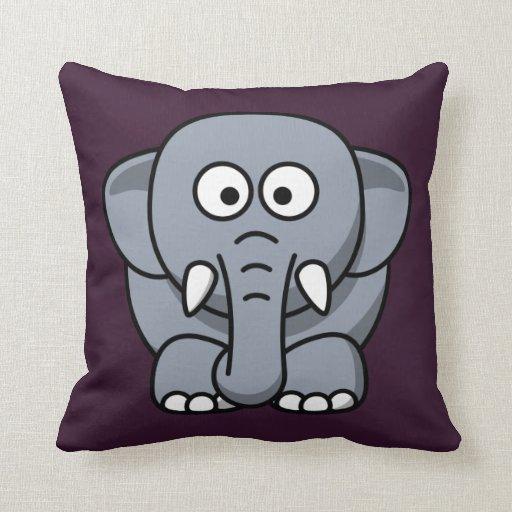 Elefante del dibujo animado en púrpura cojin