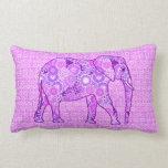 Elefante del remolino del fractal - púrpura y almohadas
