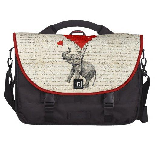 Elefante del vintage y corazón del amor bolsa de ordenador