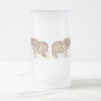 Elefante doble de Feng Shui Jarra De Cerveza Esmerilada