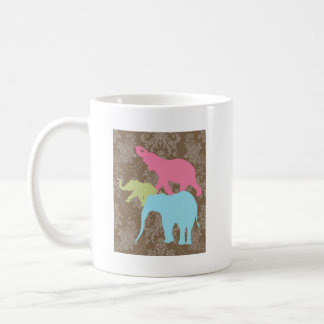 Elefante en el damasco floral - Brown y violeta Taza