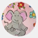 Elefante en la meditación pegatina redonda