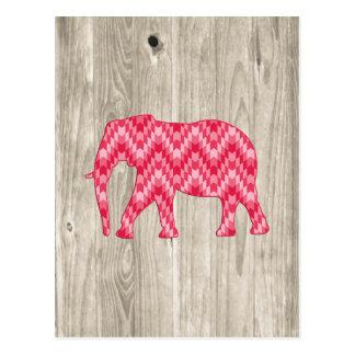 Elefante geométrico en el diseño de madera tarjeta postal