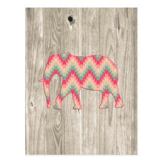 Elefante geométrico en el diseño de madera tarjetas postales