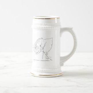 Elefante joven jarra de cerveza