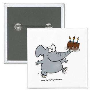 elefante lindo con la torta de cumpleaños del choc pin cuadrada 5 cm