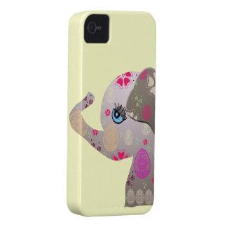 Elefante lindo del bebé con el modelo iPhone 4 Case-Mate carcasa