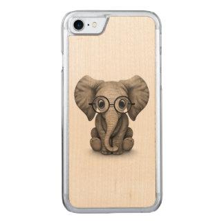 Elefante lindo del bebé con los vidrios de lectura funda para iPhone 7
