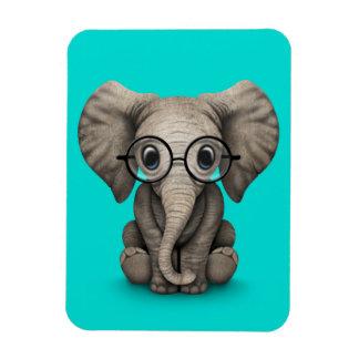 Elefante lindo del bebé con los vidrios de lectura imanes flexibles