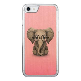Elefante lindo del bebé con rosa de los vidrios de funda para iPhone 7