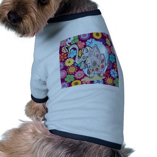 Elefante lindo del Hippie con las flores coloridas Camisetas De Mascota