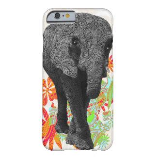 Elefante lindo del hippy funda de iPhone 6 barely there