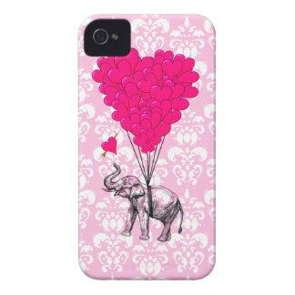 Elefante lindo divertido y damasco rosado Case-Mate iPhone 4 protectores